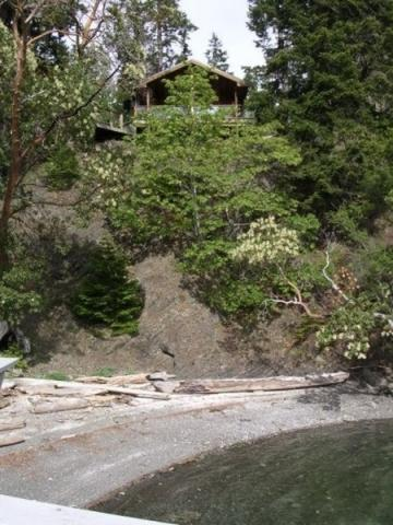 Ainslie Point Cottage exterior impressions of vacation rental on Pender Island   Southern Gulf Islands   Canada